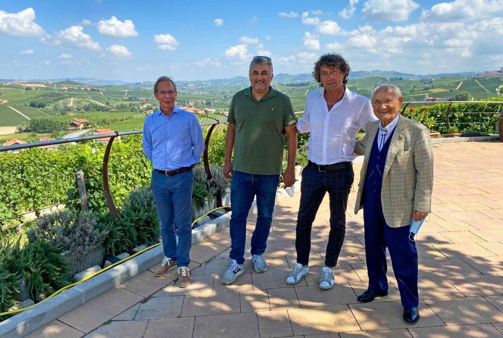 Da sinistra: il presidente Umberto Simoni, l'amministratore Franco Ambrogio, l'amministratore delegato Aldo Barale e il fondatore e vicepresidente Giancarlo Simoni